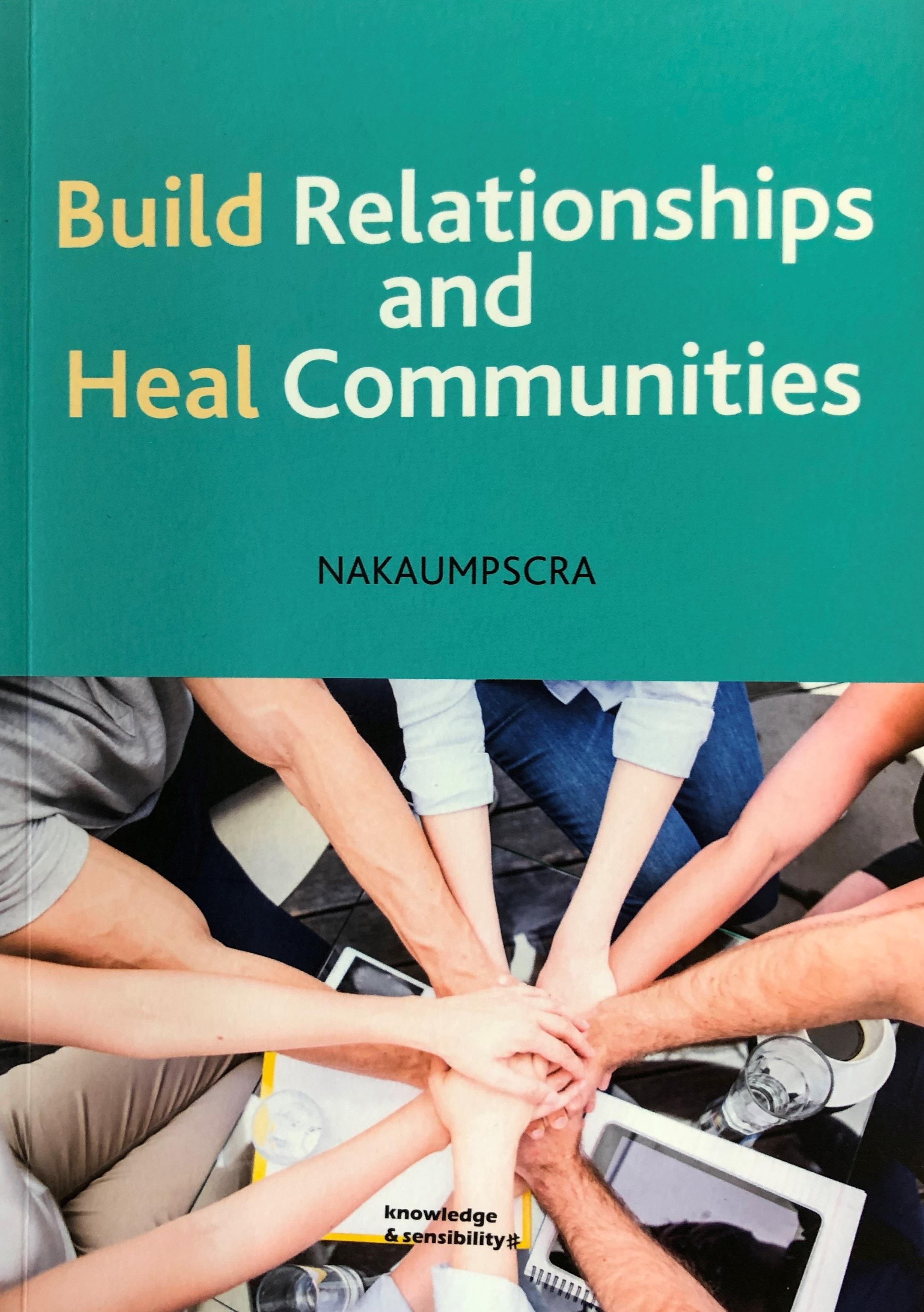 타인종목회자전국연합회에서 출판한 <Build Relationships and Heal Community>, 사진 김응선 목사 UM News.