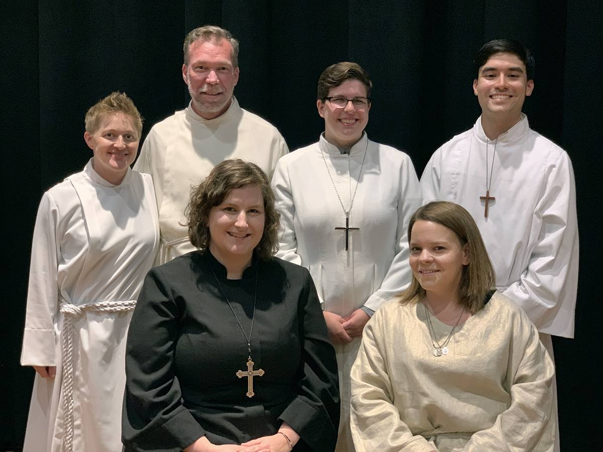 The California-Nevada Annual Conference service of commissioning and ordination included six LGBTQ elders, deacons and local pastors. Front row, from left are: The Revs. Emily Pickens-Jones and Caiti Hamilton. Back row, from left are: The Revs. Tara Limbaugh, Rob Herrmann, Jacey Pickens-Jones and Kenneth Schoon. Photo by The Rev. Israel I. Alvaran.