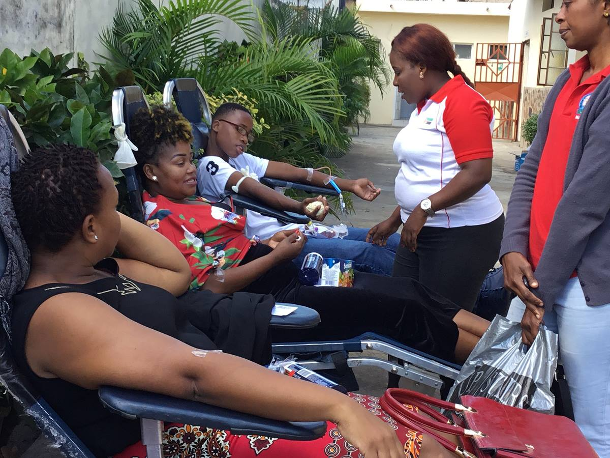 Young adults from the Mozambique South Annual Conference donate blood to benefit to help alleviate a shortage at the general hospital of Mavalane. Photo by João Filimone Sambo, UM News.