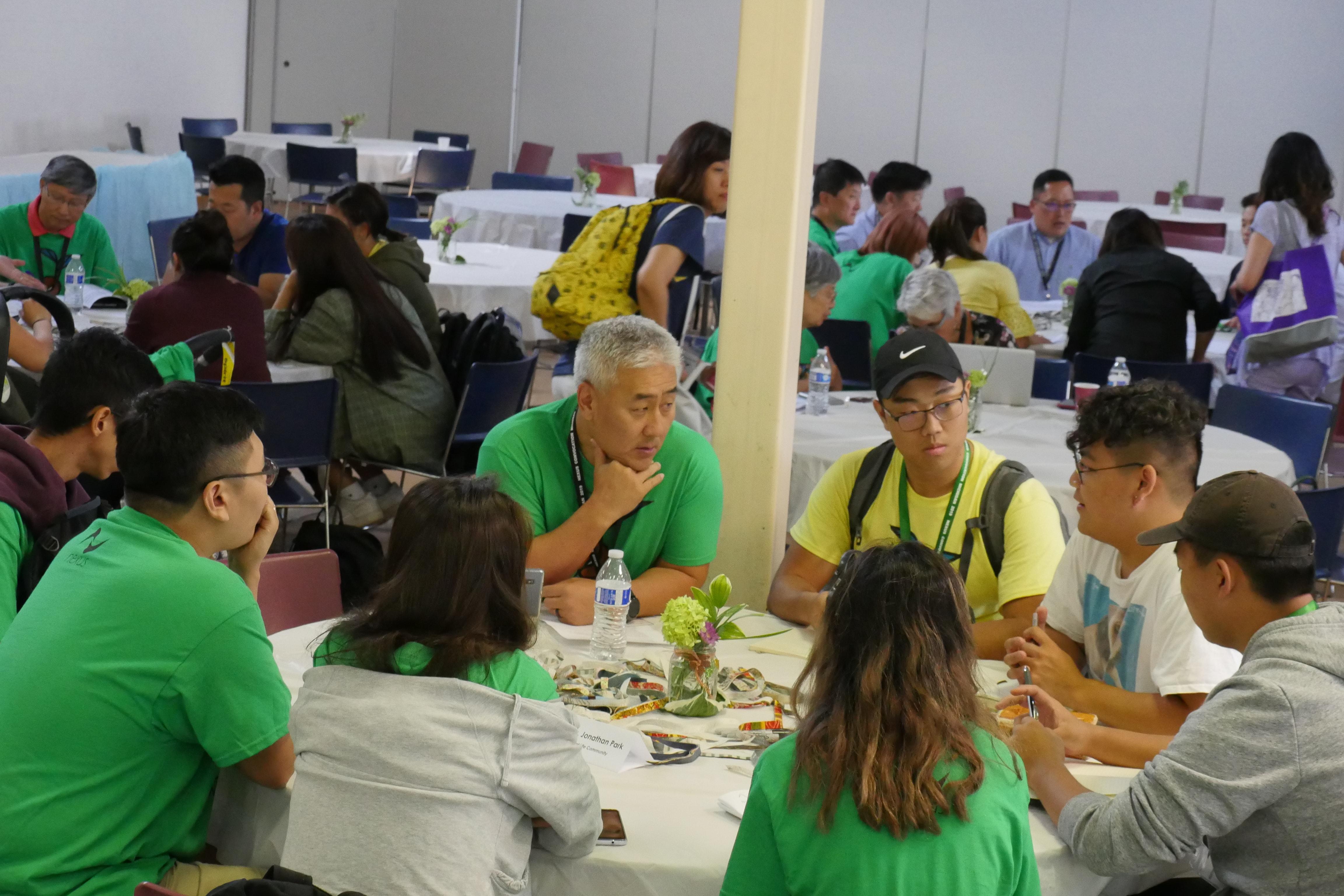 8월 7-10일 미시간주 디트로이트에서 열린 NEXUS 전국대회에 참여한 사람들이 토론하고 있다. 사진제공 NEXUS.