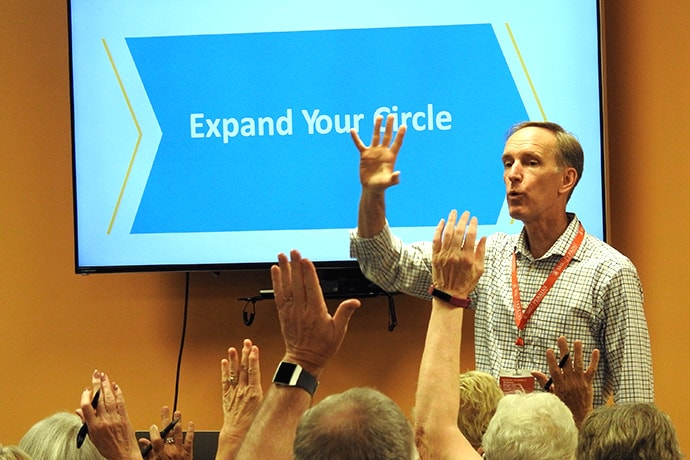 The Rev. Tom Berlin leads a worship service at the Leadership Institute, held at the United Methodist Church of the Resurrection, in Leawood, Kansas, Sept. 25-27. Typically, the annual event offers pragmatic advice to church leaders, but this year the focus was on the future of the denomination. Photo by Sam Hodges, UM News.