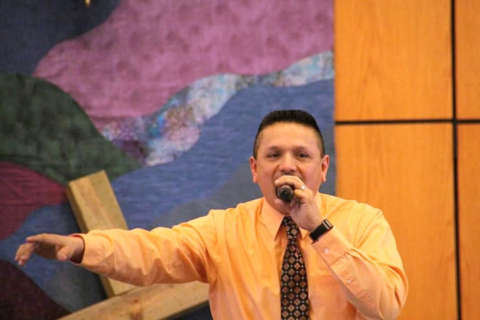 The Rev. Ruben Rivera is a part-time local pastor who founded and leads La Luz De Cristo (The Light of Christ), an Hispanic United Methodist Church in Elgin, Ill. The church was chartered in February with 146 members. Photo by Joyce Carrasco