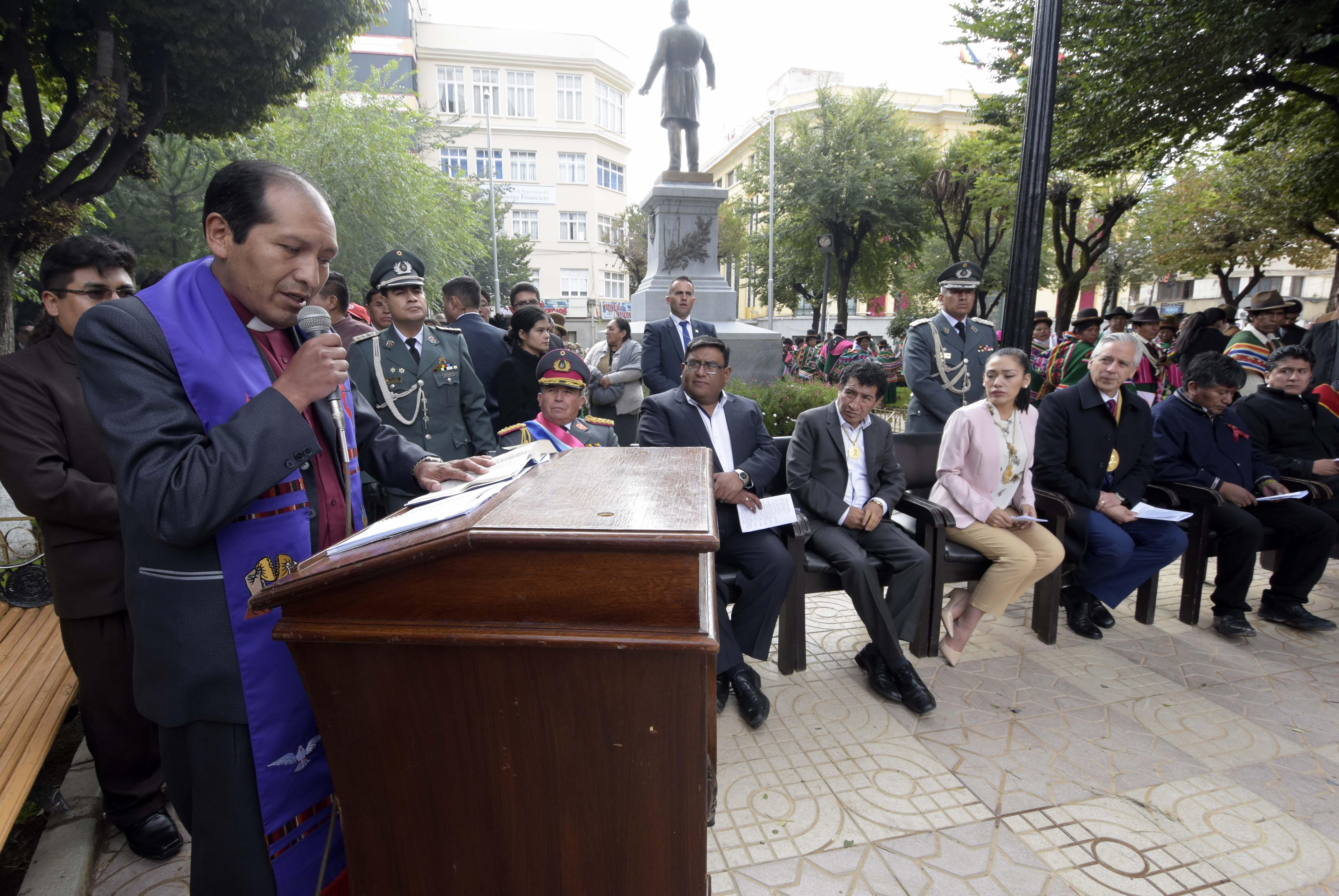 El Obispo Antonio Huanca, líder episcopal de la Iglesia Evangélica Metodista en Bolivia, ha publicado un mensaje abierto al pueblo boliviano en medio de crecientes tensiones sociales, después de las últimas elecciones presidenciales del 20 de octubre de 2019. Foto cortesía de la Vicepresidencia de Estado Plurinacional de Bolivia.