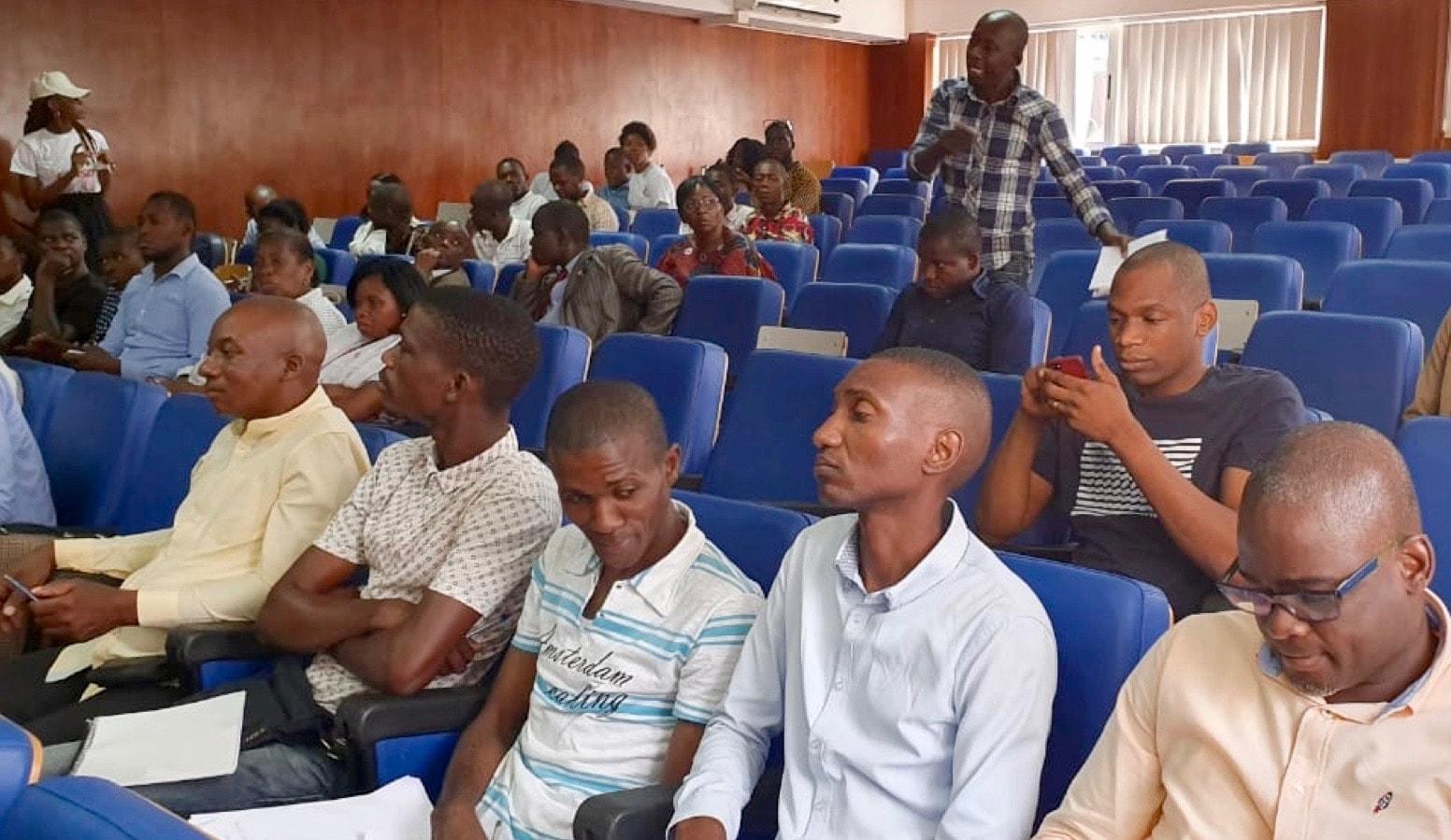 Membros presentes na apresentacao oficial do Censo Geral da Igreja Metodista Unida, no auditoria da UMA. Foto de Orlando da Cruz.