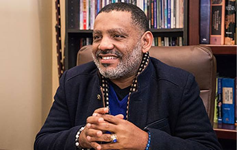 O Rev. Dr. Iosmar Alvarez, superintendente do Distrito Lexington da Conferência Anual de Kentucky, recebeu o apoio unânime da delegação da Conferência como candidato episcopal à Jurisdição do Sudeste. Foto cedida pelo Asbury Theological Seminary.
