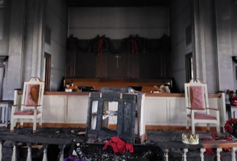 O incêndio deixou IMU Baxley em pé, mas grande parte do interior, incluindo um piano, um órgão, projetores, uma mesa de comunhão, uma manjedoura, luzes e pisos foram destruídos. Foto cortesia da Conferência Anual da Geórgia do Sul.