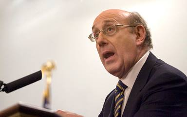"""Famed mediator Kenneth Feinberg speaks during a forum at the Miller Center at the University of Virginia in Charlottesville, in May 2011. Feinberg helped a diverse group of United Methodist bishops and other leaders reach an agreement, released Jan. 3, on a """"Protocol of Reconciliation & Grace Through Separation."""" Photo courtesy of the Miller Center, Creative Commons."""