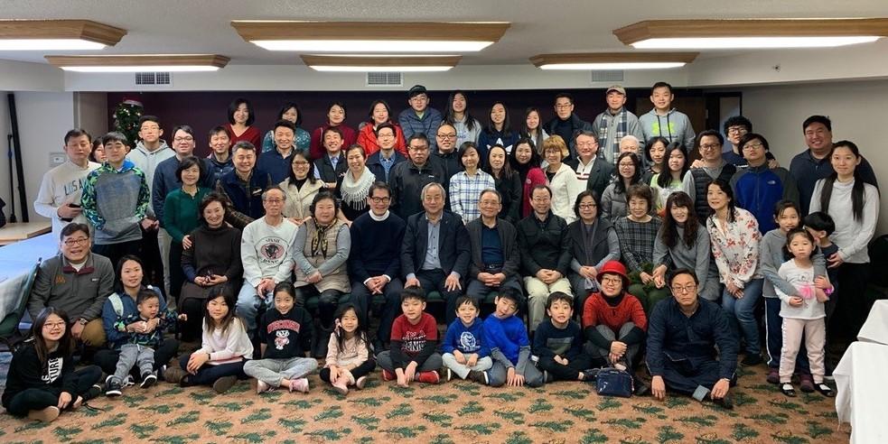 위스컨신 연회의 교인들이 성탄절 기간에 사흘간 리트릿으로 모였다. 사진 제공, 정희수 감독.