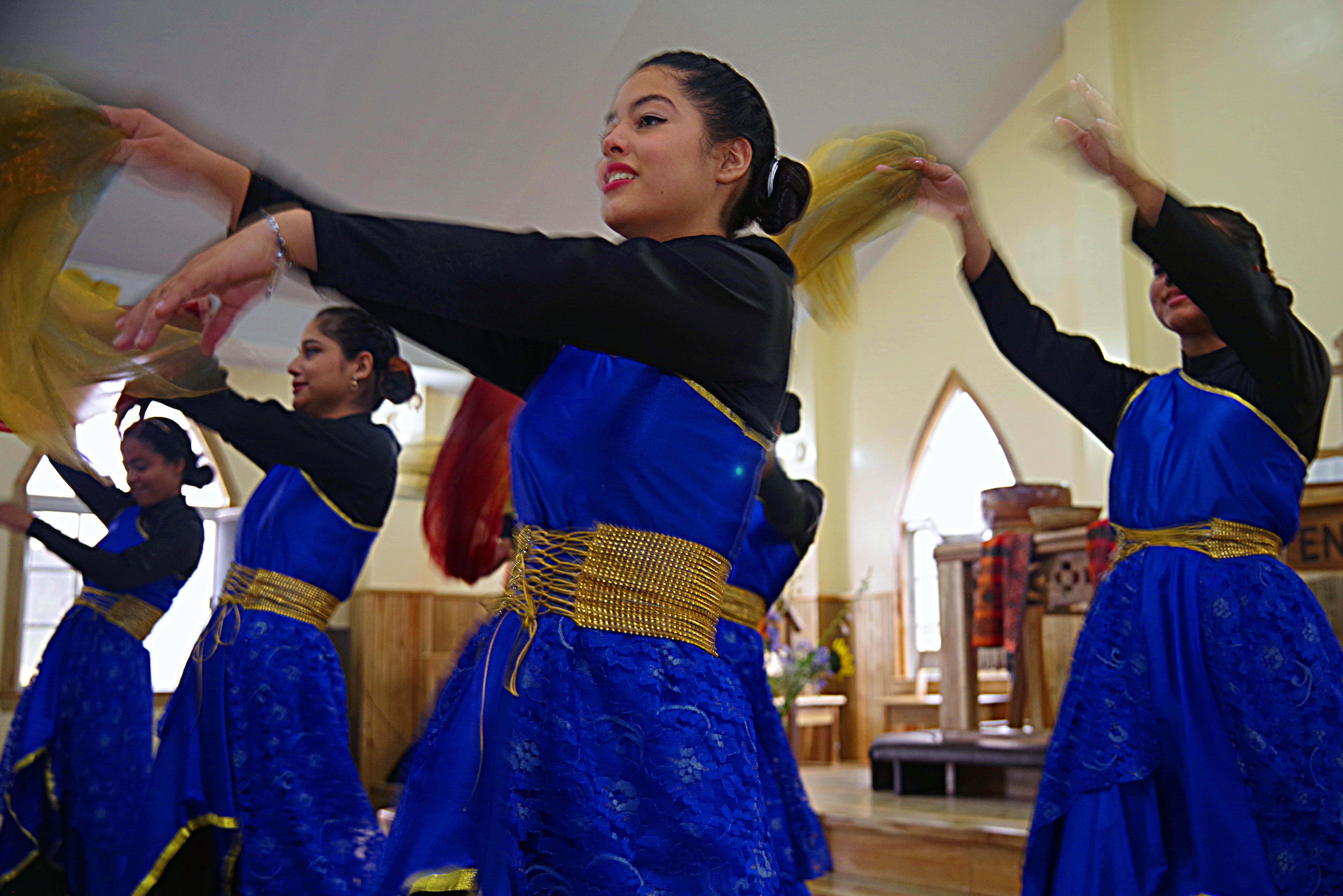 El grupo de alabanza de la Iglesia Metodista Unida de Talanga participó en el culto de clausura con danzas litúrgicas. Foto Rev. Gustavo Vasquez, Noticias MU.