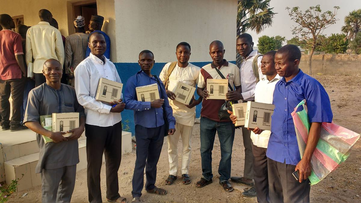 Solar Lamps Ease Work of Clergy and Students in Nigeria