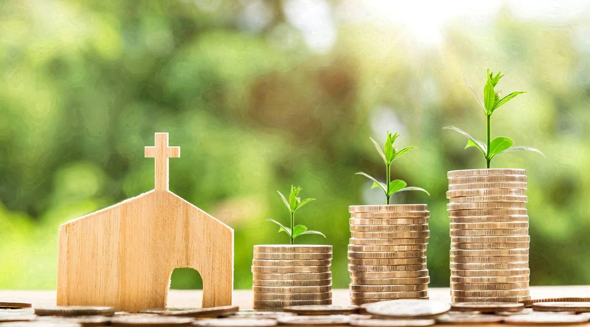CARES Act에 포함된 급여 보호 프로그램 융자가 재정난에 빠진 교회들, 특히 한인교회의 숨통을 열어줄 수 있을 것으로 예상된다. Photo by Nattanan Kanchanaprat, courtesy of Pixabay.