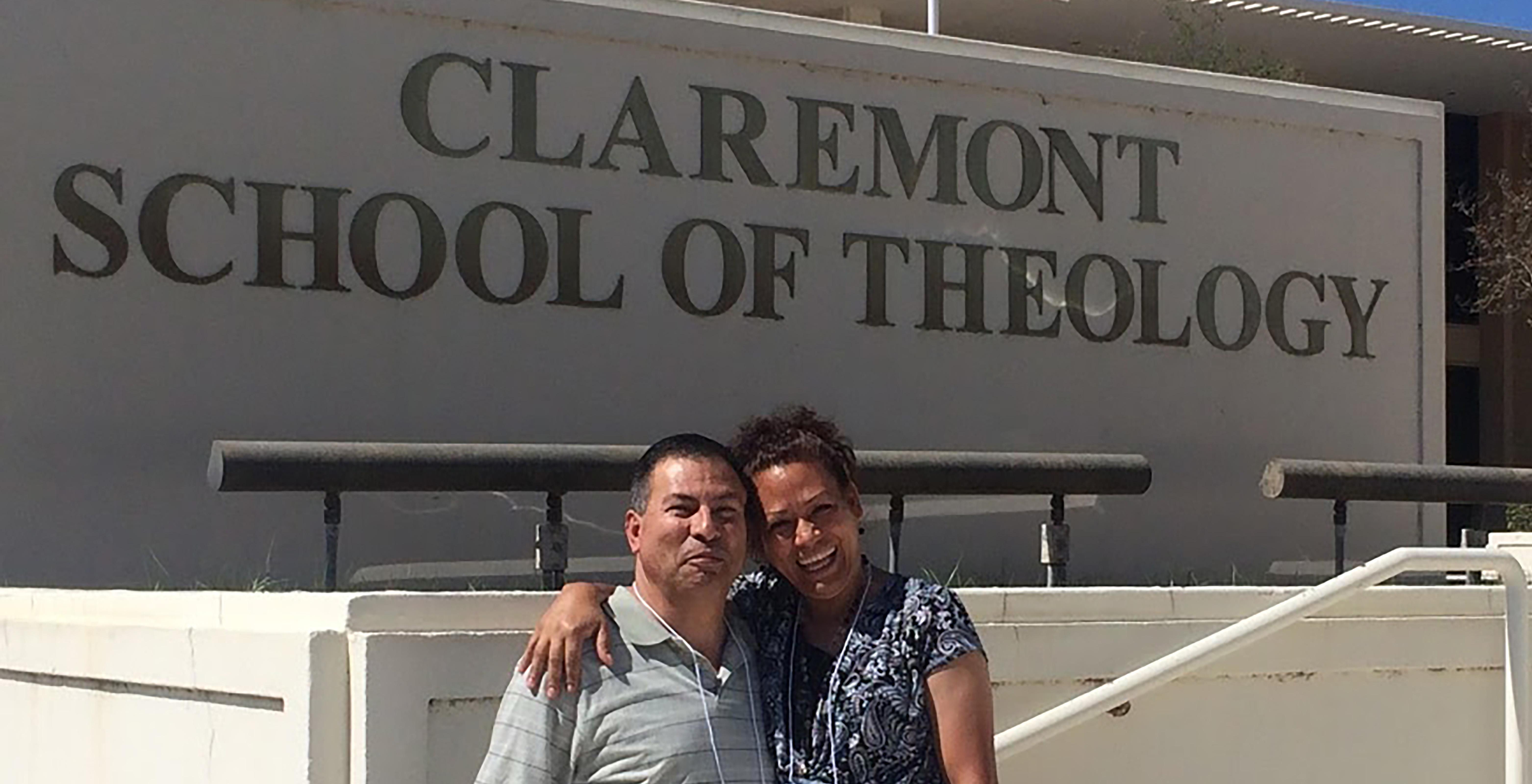 Junto a su inseparable esposa Eva, cursaron estudios de formación teológica y ministerial, en los programas que imparte la IMU. Foto cortesía de la familia Luna.