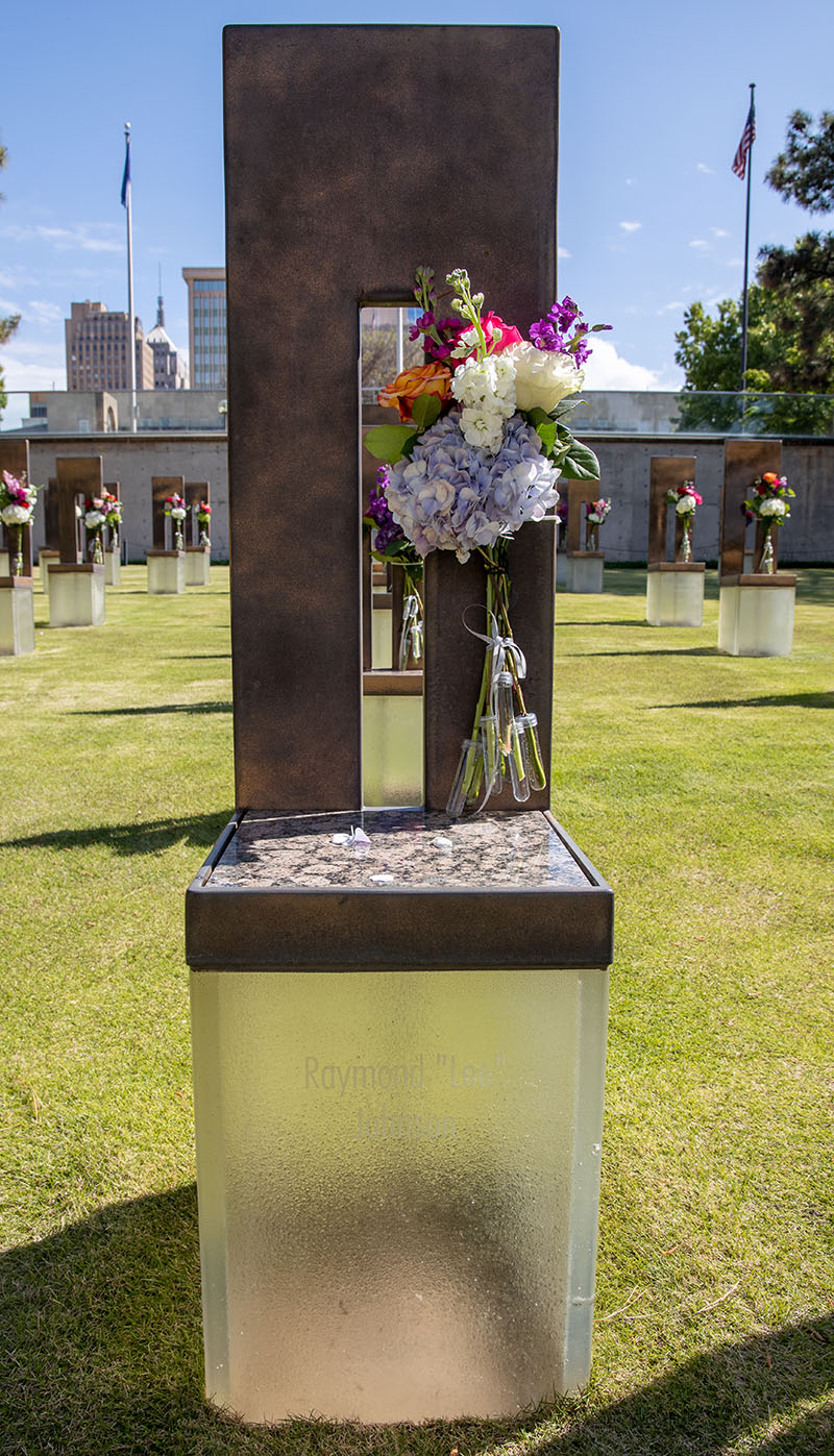 Monumento Conmemorativo Nacional de Oklahoma City. Foto cortesía de la Conferencia Anual Misionera Indígena de Oklahoma.