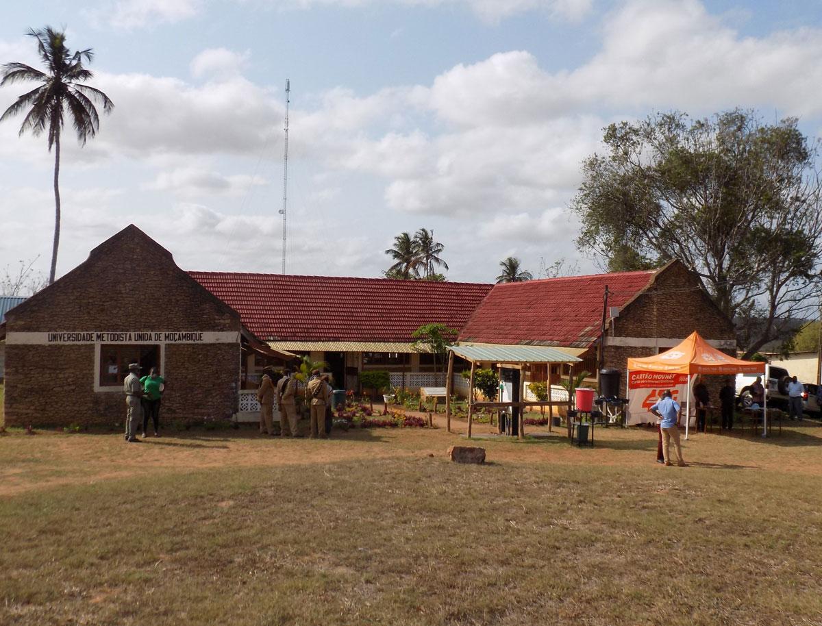 Reitoria da Universidade Metodista Unida de Moçambique, cujo seu funcionamento iniciou em 2017, também visitado pelo administrador. Foto de Antônio Wilson.