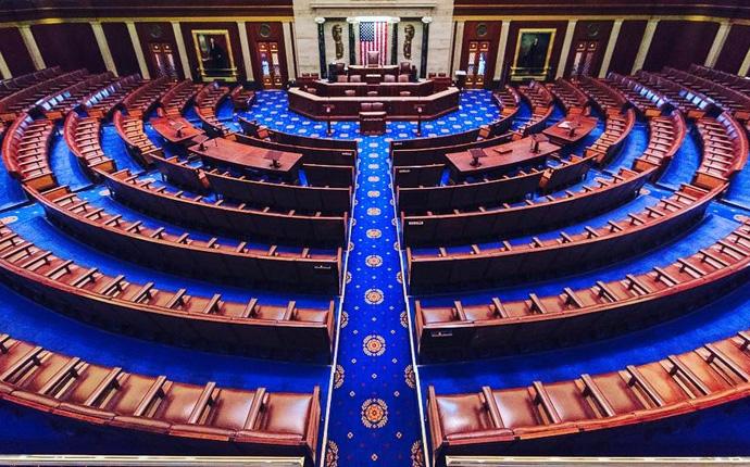 Una vista de la cámara de la Cámara de Representantes del congreso, en el Capitolio de los Estados Unidos en la ciudad de Washington DC. Foto cortesía de Wikimedia Commons.