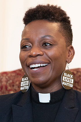 The Rev. Chenda Innis Lee. The Rev. Lee is associate pastor at Fairlington United Methodist Church in Alexandria, Va. Photo by Mike DuBose, UM News.