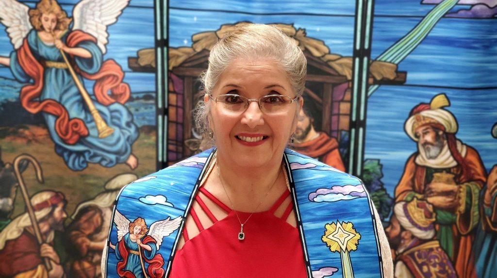La Revda. Dra. Luz Maldonado ha sido pastora por 36 años, comenzando su ministerio en Puerto Rico. Ella planea jubilarse en siete años. Foto Michelle Maldonado, UMCOM.