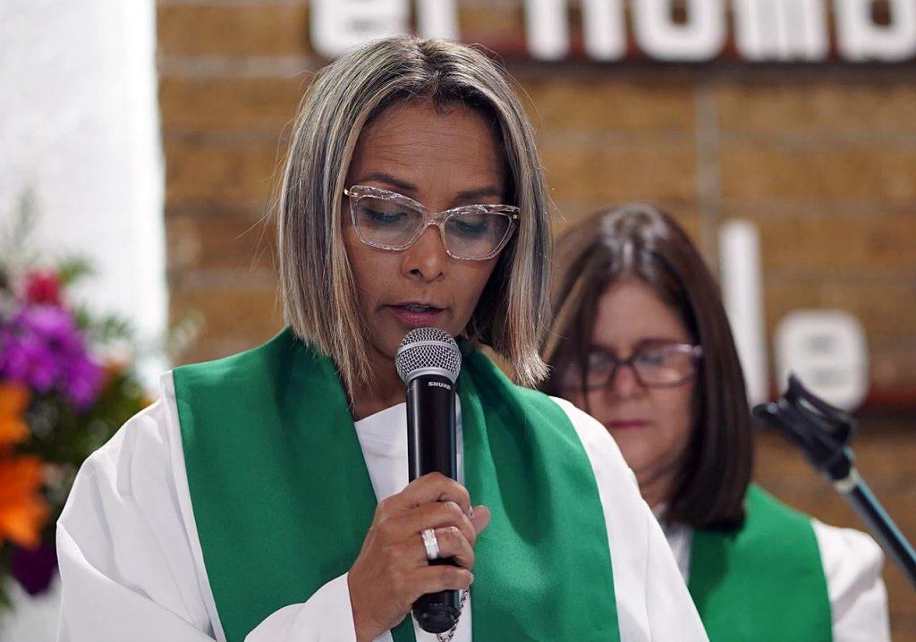 La Revda. Aixa Maldonado-Marti es pastora y superintendente de distrito al servicio de la IMU de Puerto Rico, quiere presentar un seminario similar a Presente & Futuro para el clero allí. Foto MCPR.