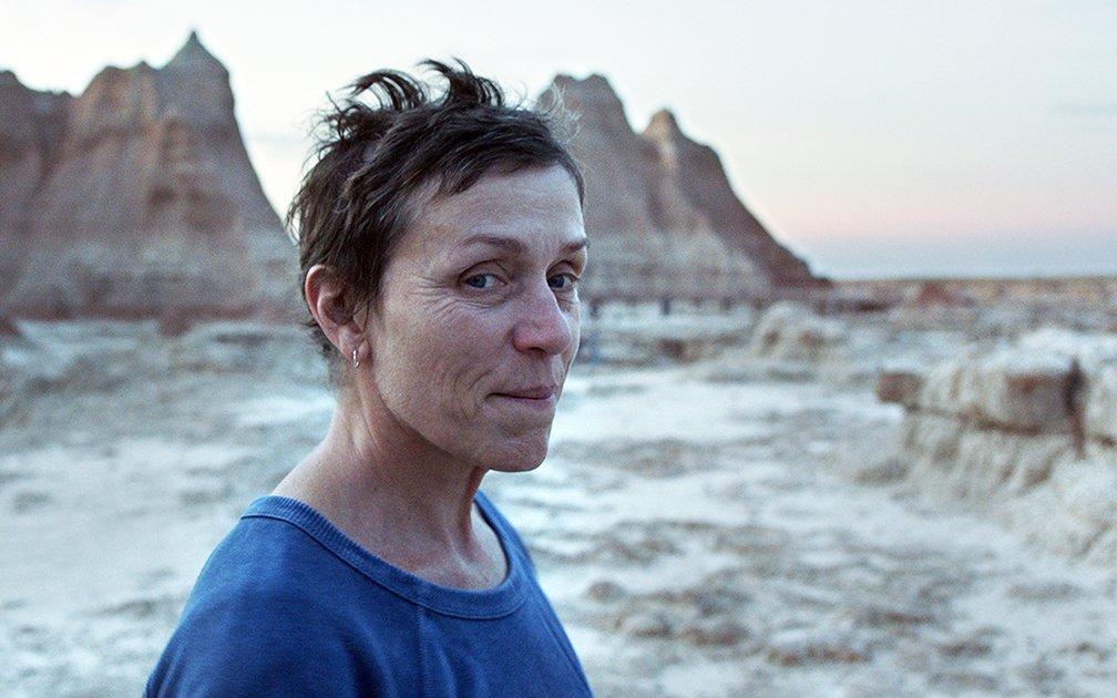영화 노매드랜드의 여주인공 펀(Fern) 역을 맡은 프랜시스 맥도맨드(Frances McDormand).