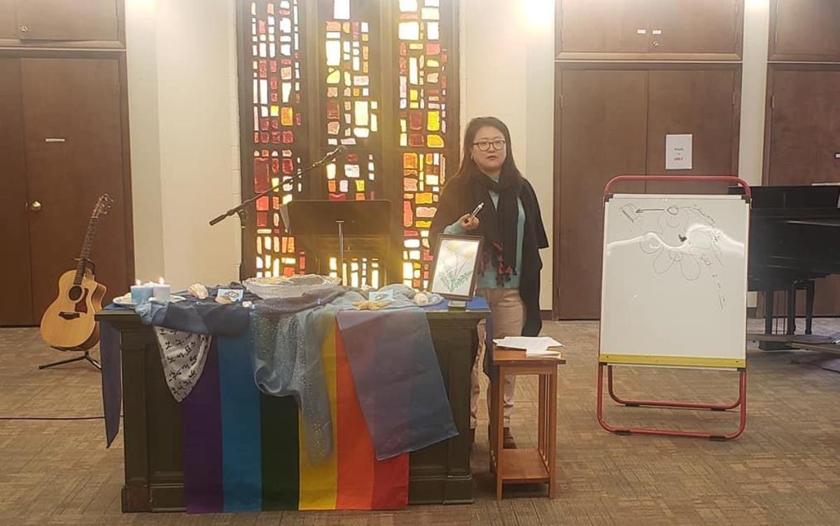 2019년 11월 15일, 북일리노이연회의 <열린감리교인들> 모임에서 황 교수가 강의를 하고 있다. 사진 출처, 황희성 교수 페이스북.