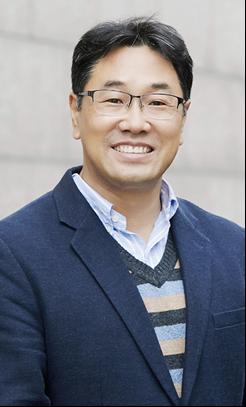 강의를 맡은 클레어몬트 신학대학원의 김남중 교수. 사진 제공, 김남중 교수.