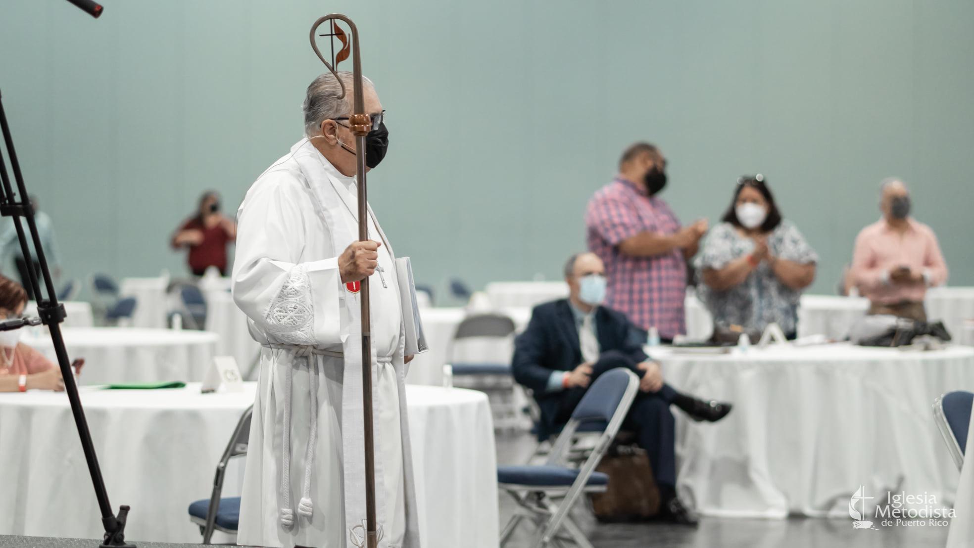 """El Obispo Héctor F. Ortiz Vidal hizo un llamado a la iglesia a desarrollar """"una nueva iniciativa evangelizadora:, durante su homilía en el culto de clausura. Foto Iglesia Metodista de Puerto Rico."""