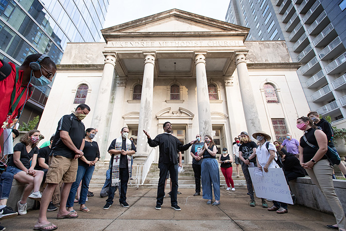 The Rev. Stephen Handy (center) leads a prayer vigil against racism at McKendree United Methodist Church in Nashville, Tenn., in June 2020. File photo by Mike DuBose, UM News.