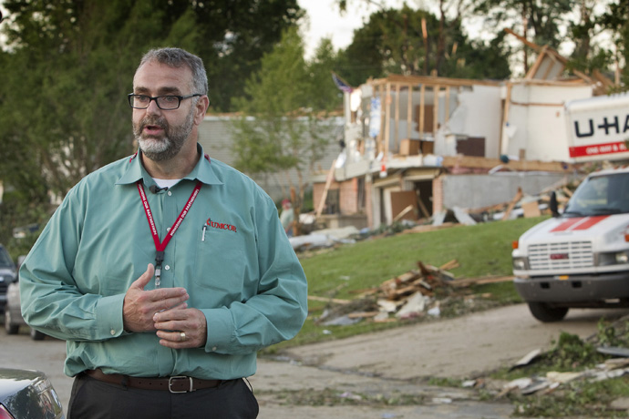 The Rev. Tom Hazelwood, who led the U.S. disaster response program of the United Methodist Committee on Relief from 1998 to 2013, discusses United Methodist disaster relief in Sedalia, Mo., in 2011. Hazelwood was at ground zero a week after the Sept. 11, 2001, terrorist attacks. File photo by Mike DuBose, UM News.
