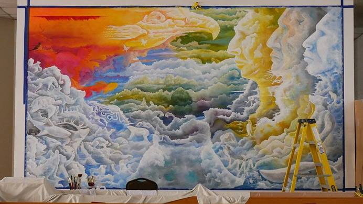 El mural se ha convertido en una pieza central en la adoración de la comunidad de La IMU Indígena de Dallas, que está compuesta por nativos/as americanos/as de una amplia variedad de tribus y naciones. Foto cortesía de la Conferencia Anual del Norte de Tejas.