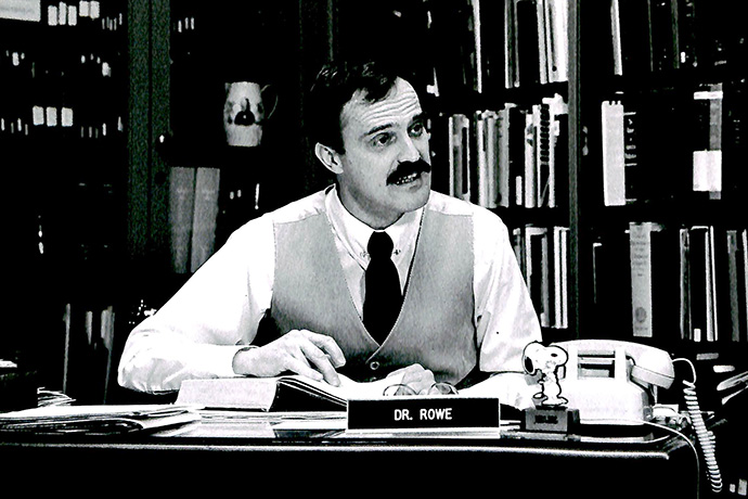 The Rev. Kenneth Rowe works in the library at Drew University in Madison, N.J., in this undated file photo. Rowe died Oct. 8. Photo courtesy of Drew University.